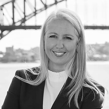 Emi Golding speaker profile